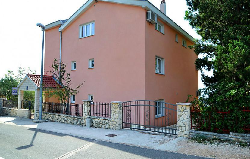 Flat 95m² 2 bedrooms - Jasenice - 14