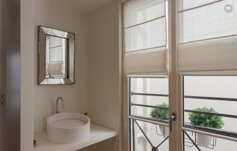 Apartment 55 m² 1 bedroom - Rue du Dragon - 16