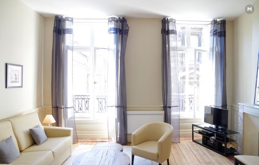 Appartement 52 m 1 chambre bordeaux location for Location appartement bordeaux agence