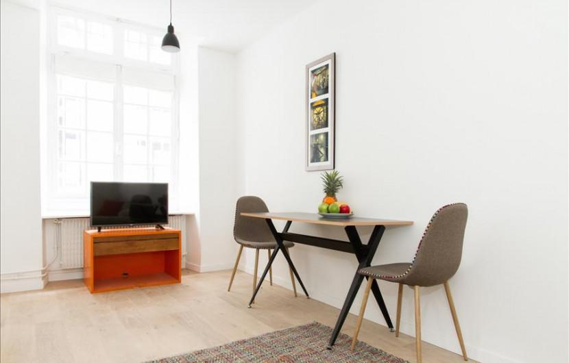 Flat 110m² 4 bedrooms - Paris - 10