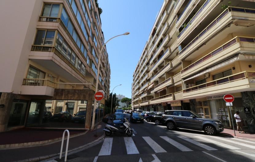 Flat 80m² 2 bedrooms - Cannes - 20