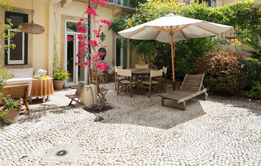 Villa / Detached house 300m² 5 bedrooms - Lisbon - 1