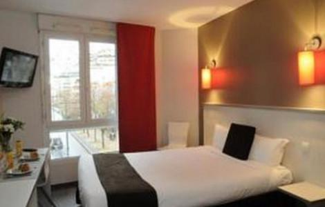 Deluxe One-Bedroom Apartment (4 Adults) - 1