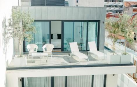 Deluxe Penthouse with Terrace - 1