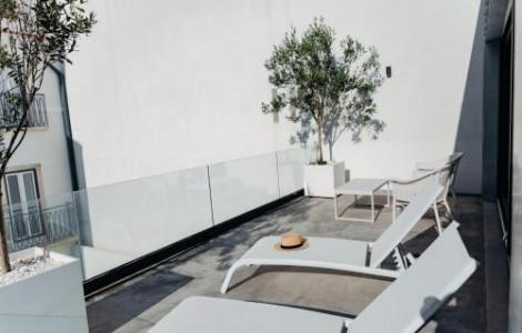 Deluxe Penthouse with Terrace - 3