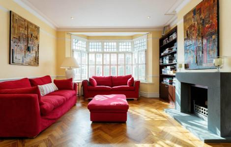 Accommodation 6 bedrooms - London