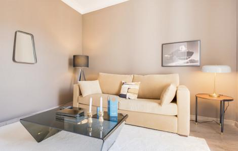 short term rental barcelona flat aparthotel in barcelona rh magicstay com