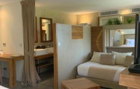 Royal Suite with Terrace and Sea View 2 Adult  - 3