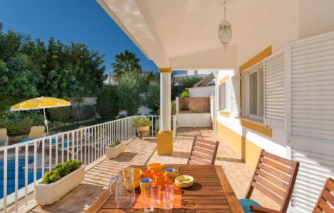 Villa / Detached house 102m² 3 bedrooms - Guia - 1