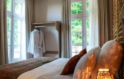 Small Double Room with Garden View - 1