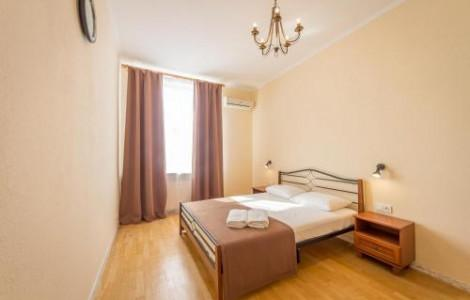 One-Bedroom Apartment  with balcony and city view - Khreschatyk, 25 - 3