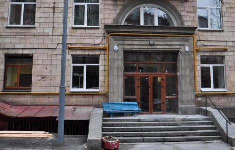 One-Bedroom Apartment  with balcony and city view - Khreschatyk, 25 - 11