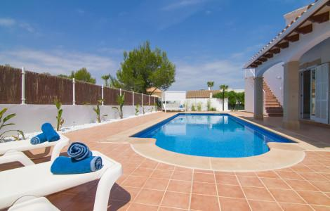 Villa / Detached house 198m² 3 bedrooms - Son Serra de Marina